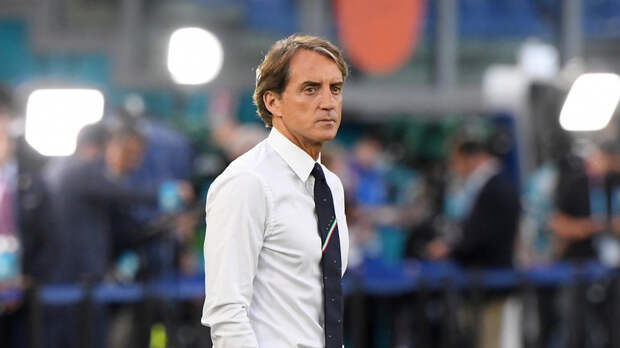 Манчини заявил, что поддержка трибун помогла Италии победить Турцию на старте Евро-2020