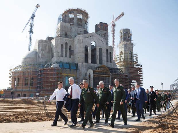 9 фото Главного храма Вооружённых сил, где выложена мозаика с Путиным