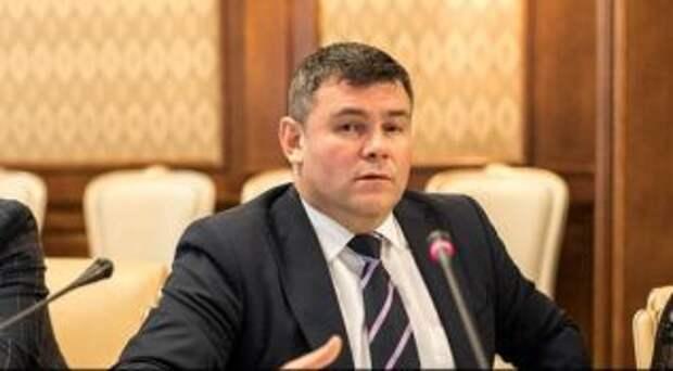 Ростислав Дзундза после предложения интима копам, пошел на повышение