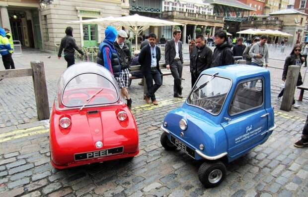 Забавные автомобили прошлого века, которые сегодня вызывают улыбку