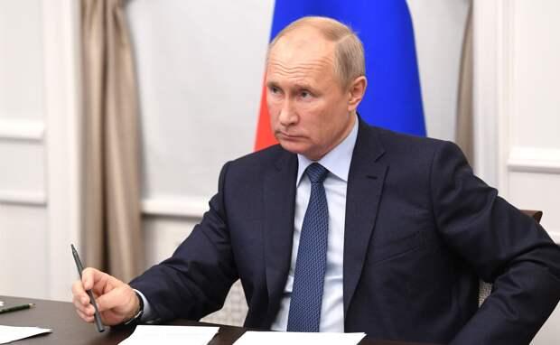 Песков назвал возможные сроки послания Путина Федеральному собранию