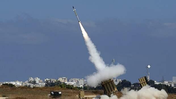 Украинский Boeing неможет сесть из-за ПВО Израиля