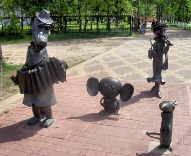 Памятники мультипликационным персонажам и героям сказок мультипликационные персонажи, памятники