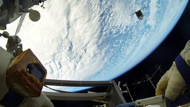 Роскосмос показал, как парады Победы выглядят из космоса