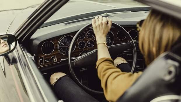 Автоэксперт рассказал, как охладить воздух в салоне машины