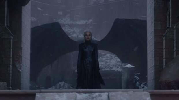 """Поклонникам """"Игры престолов"""" в честь юбилея показали неизданные кадры сериала"""