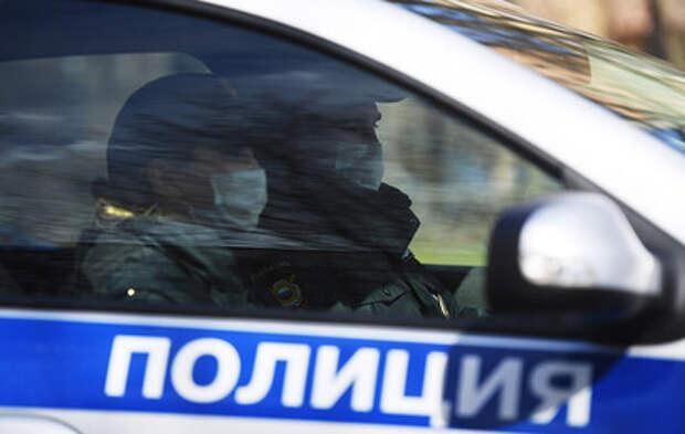 Пьяный водитель во Владивостоке сбил ворота детсада