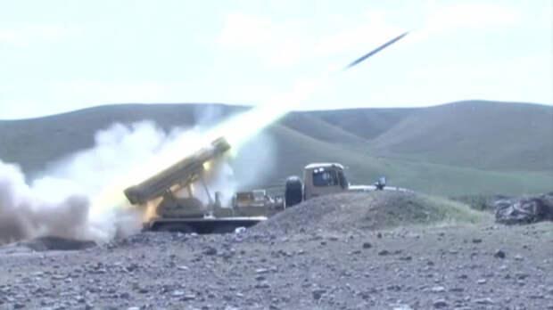 Армения и Азербайджан повышают ставки в битве за спорный регион
