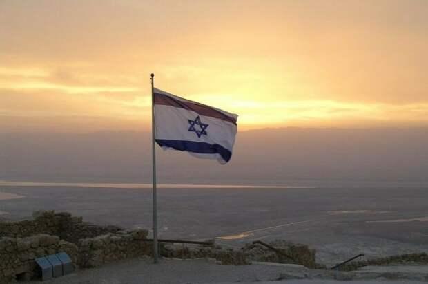 В Тель-Авиве начали открывать бомбоубежища