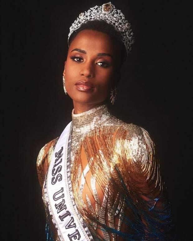 10 огненных фото «Мисс Вселенной-2019» — Зозибини Тунзи из ЮАР