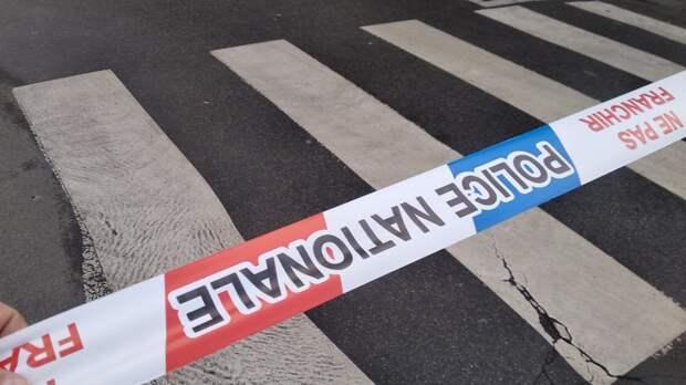 Четыре человека погибли при крушении самолета во Франции