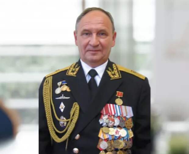 Умер контр-адмирал Бедердинов, обогнувший Землю под водой