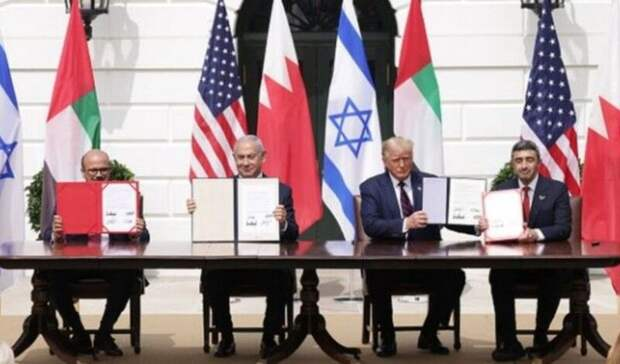 «Соглашение Авраама»: Трамп помирил Израиль с Арабскими Эмиратами без участия России