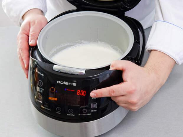 Вкусный йогурт можно приготовить в мультиварке со специальной программой или просто при температуре 40 градусов / Фото: polaris.company