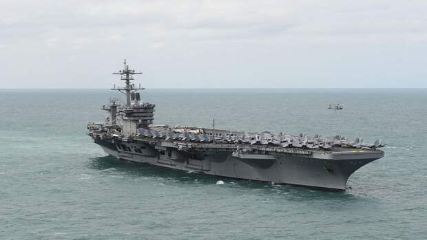 Адмирал ВМФ РФ поддержал решение США об отмене отправки эсминцев в Черное море