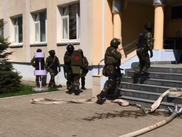 Проверка школ, радиоактивные улицы изакрытие рынка: новости, взволновавшие Ростов