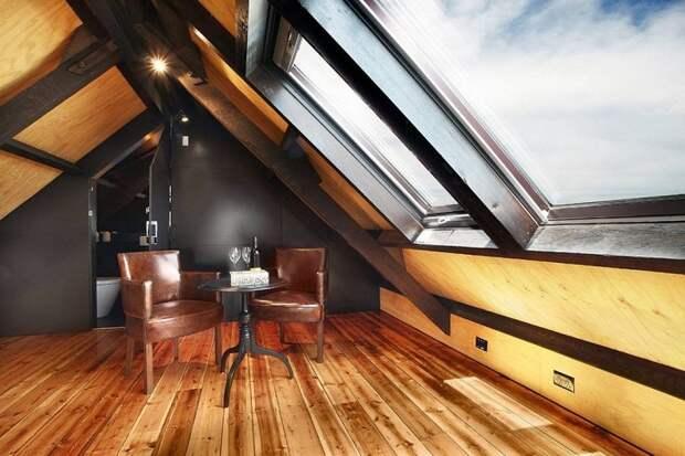 Мини-гостиная, что станет просто находкой и отменным решением для комнаты такого типа.