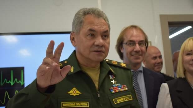 В Сети появились уникальные кадры внезапного визита Шойгу в московский военкомат