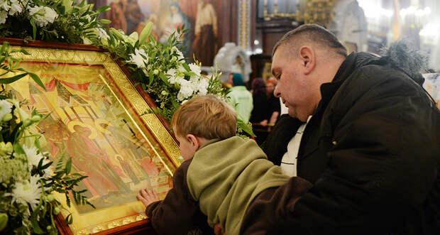 Православные празднуют Великий двунадесятый праздник Введение во храм Пресвятой Богородицы