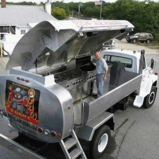 Хотите кухню в автомобиле? интересное, машины, странные