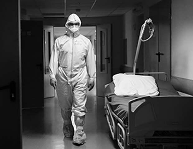 Академик РАН объяснил, почему заболеваемость COVID-19 снижается медленно