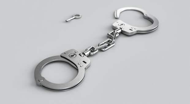 Подозреваемый в убийстве Маругова держал дома пенсионера в наручниках