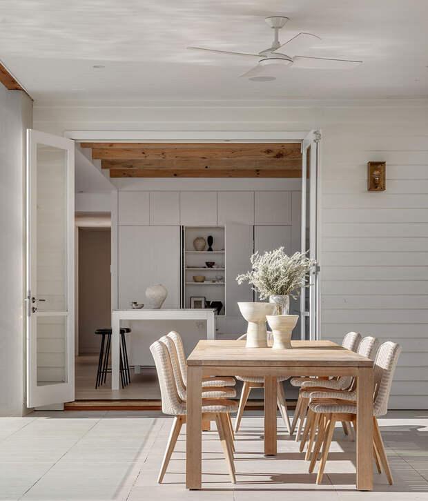 Превращение пятидесятилетнего дома в комфортное жилье для семьи с детьми в Сиднее