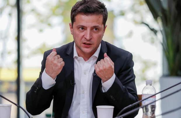 Зеленский попросил трех министров уйти в отставку