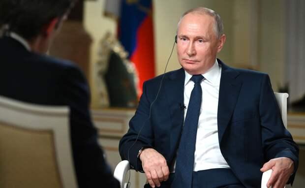 «Не удосужились предъявить доказательства»: Владимир Путин об обвинениях во «вмешательстве» и предстоящей встрече с Байденом.