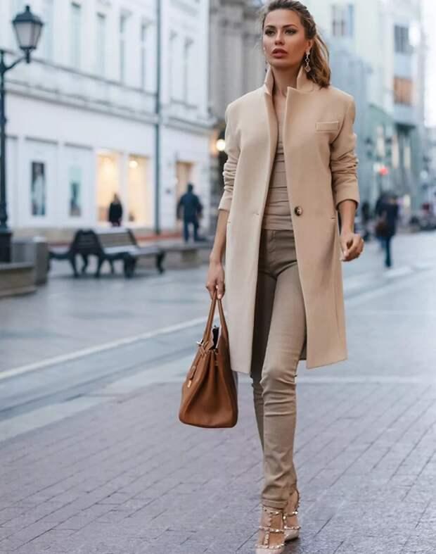 Как топ-модели носят пальто