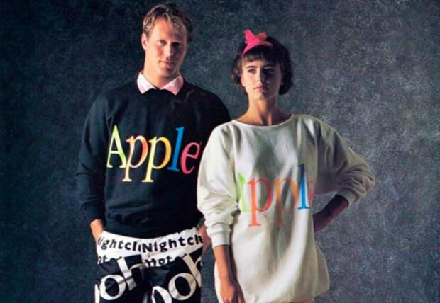 Оказывается, без Стива Джобса в1980-е годы Apple продавала одежду