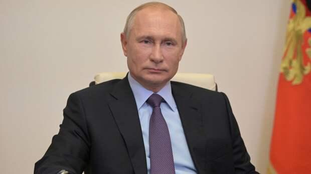Владимир Путин лично поздравил казахстанского коллегу с днем рождения
