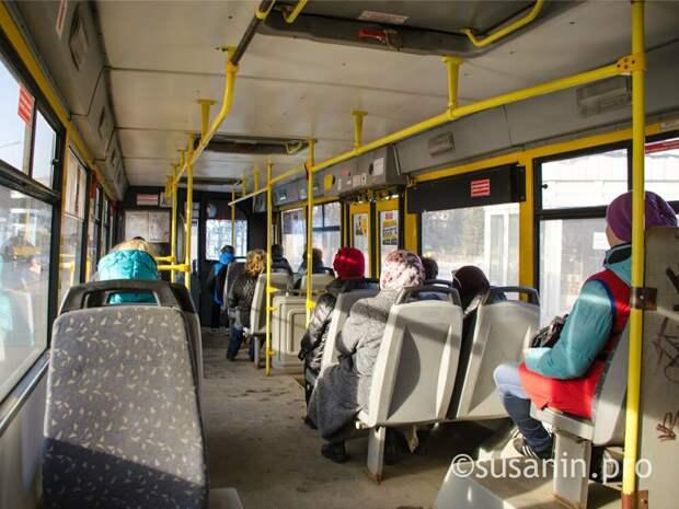 В Удмуртии пришлось изменить маршрут автобуса из-за несанкционированной свалки
