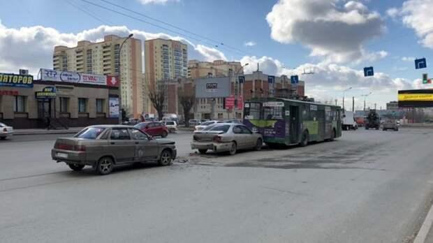 Мэр Новосибирска не получил выговор из-за плохого состояния дорог в регионе