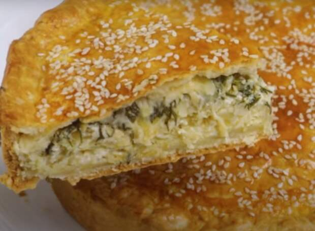 Луковый закусочный пирог: вкусно и просто