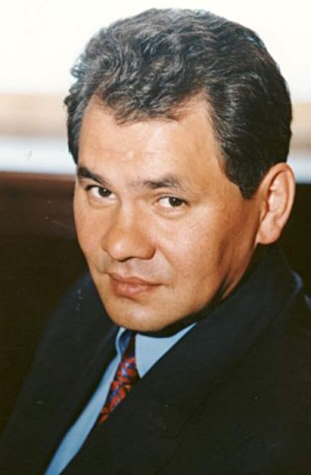 Шойгу будет следующим премьер-министром после Медведева, почему?
