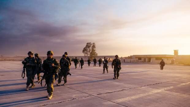 """Баранец рассказал, во что превратилась """"непобедимая"""" армия США"""