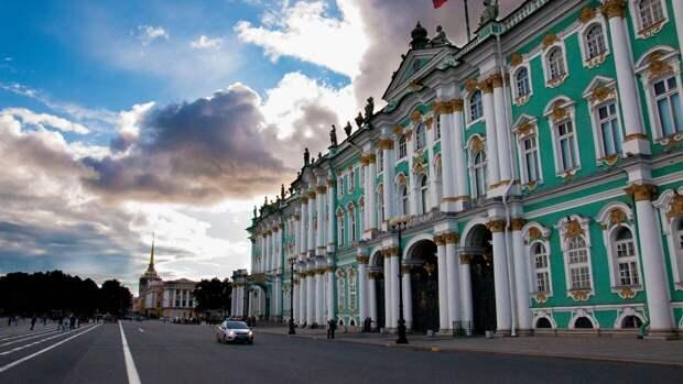 Руководство Эрмитажа назвало бесплатные для посещения музея дни в мае