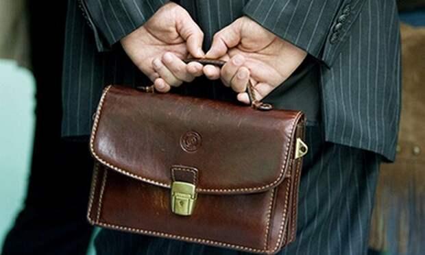 В России с 1 января повышается пенсионный возраст для чиновников