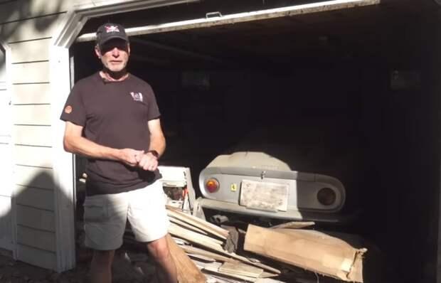Находка на 4 млн. дол: американец обнаружил раритетные машины в гараже, ворота которого не открывались 30 лет