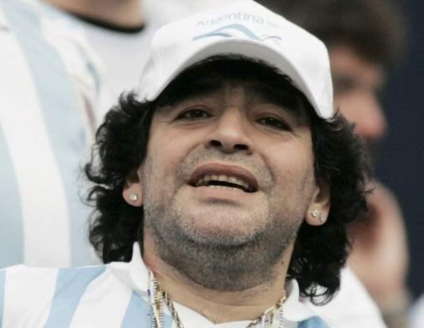 Против личного врача Марадоны возбудили дело