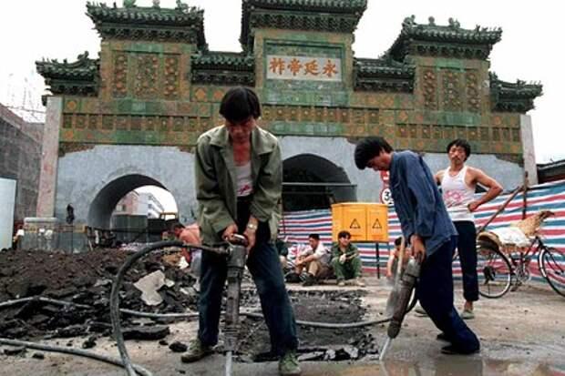 Китай выделит 113 миллиардов долларов на восстановление экономики