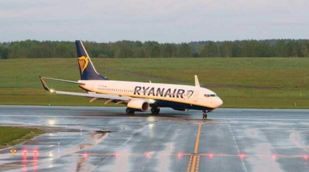 Запад пригрозил Белоруссии санкциями за экстренную посадку самолета Ryanair