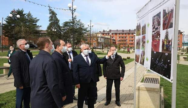 Поиск резервов развития: депутаты ЗСК приехали в Абинский район