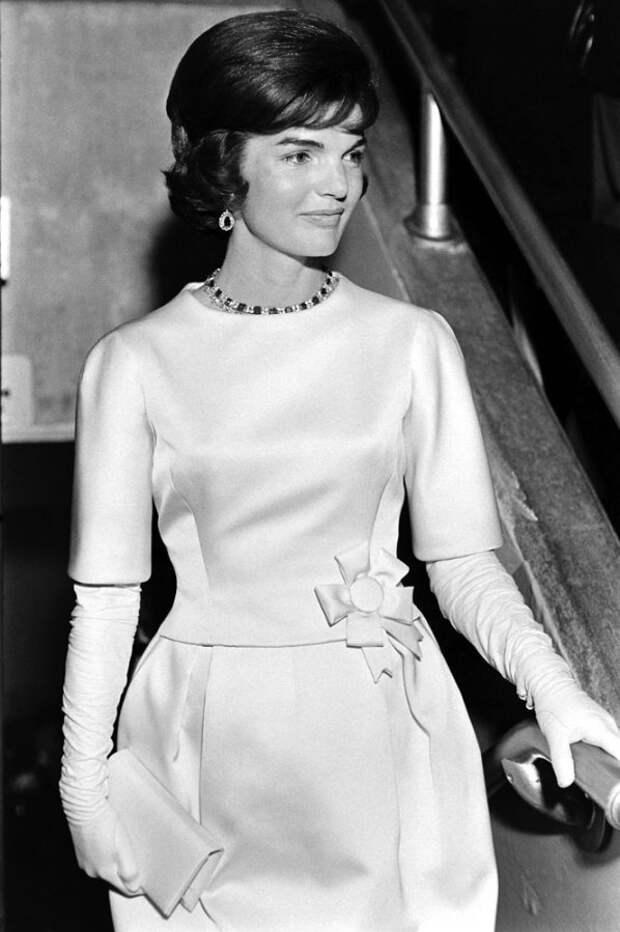 Посвящается Жаклин Кеннеди, подборка модных образов.