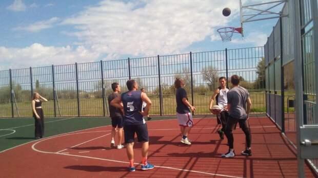 В Красноперекопском районе прошли соревнования по баскетболу