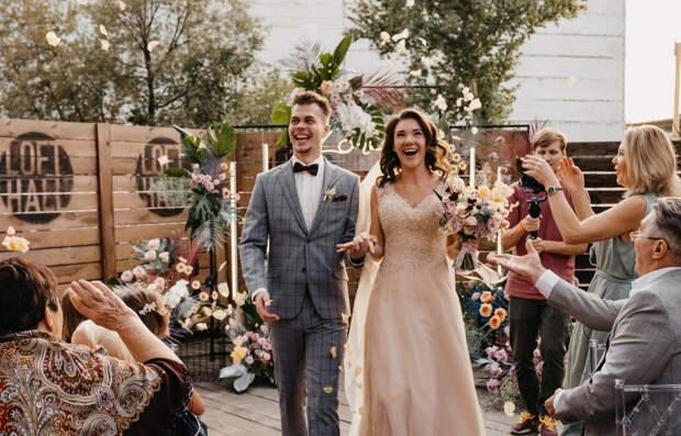 Календарь свадеб на 2022 год: самые счастливые и несчастливые дни