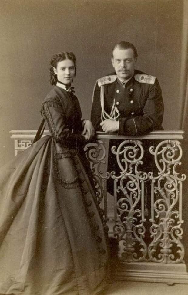 Мария Фёдоровна и Александр III. / Фото: www.nlr.ru