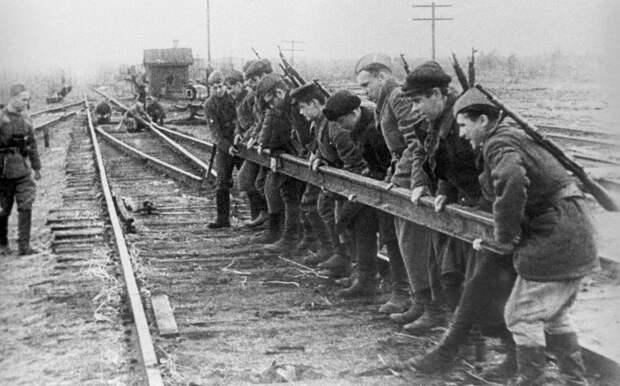 """""""Концерт"""" с огоньком: как советские партизаны воевали в тылу немцев"""