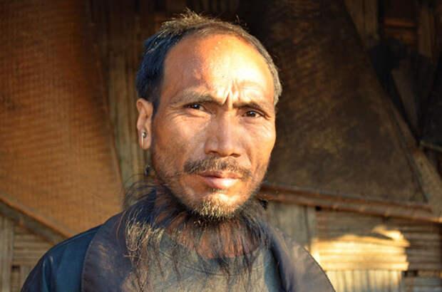 Племя Коньяк в Индии